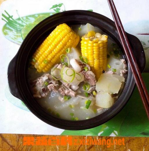 果蔬百科冬瓜玉米排骨汤的做法